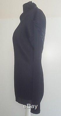 Immaculate! Issey Miyake Pleats Please black sculpted long sleeved top