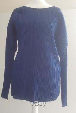 Immaculate! Issey Miyake Pleats Please royal blue sculpted long sleeved top