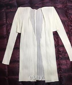 Issey miyake pleats please top cardigan size 3 made in japan White Cream