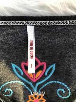 NWOT Alp-n-Rock Women's Reversible Size 1 V-Neck Long Sleeve Top Black-Gray Nice