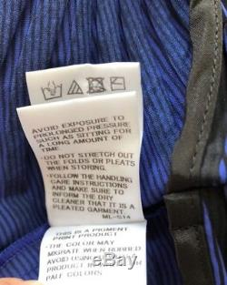 NWOT ISSEY MIYAKE Long Sleeve Turtleneck Blouse Top, Blue/Black, Size 2