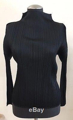 NWOT PLEATS PLEASE ISSEY MIYAKE Black Long Sleeve Mock Turtleneck Top Blouse, 4