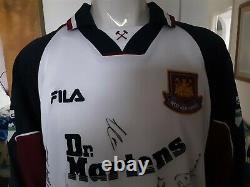 West Ham United Football Shirt Pearce 3 Fila 1999 Long Sleeve Top signed